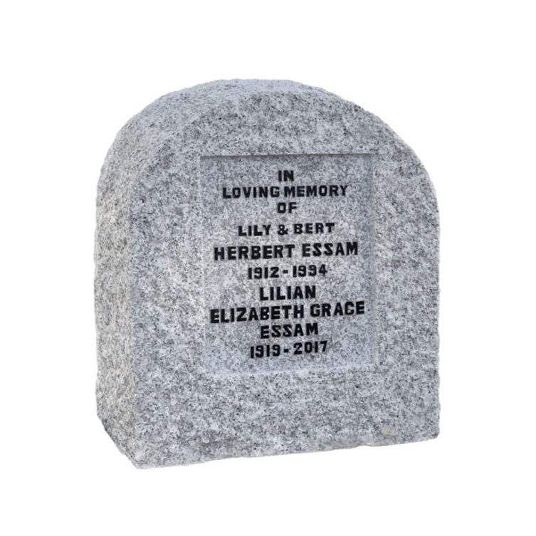 Traditional Boulder Headstone image 1
