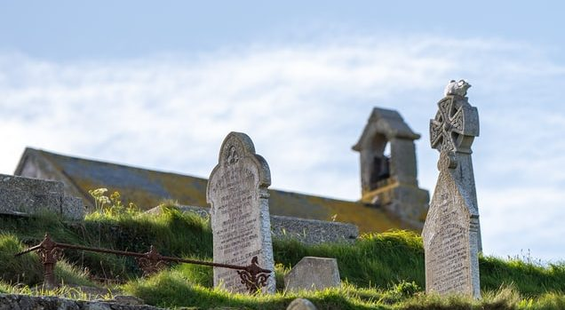 famous graves and memorials